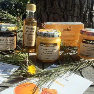 coffret composé de miel de tournesol, miel de garrigues, miel de forêt, vinaigre au miel et infusion à la propolis